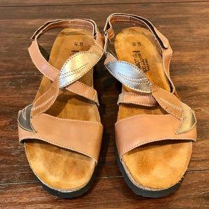 NAOT Leather Leaf Adjustable Strap Sandals Size 10